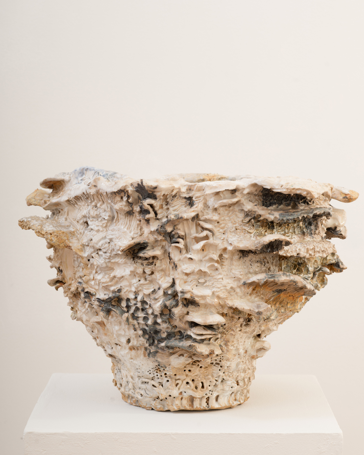 """<p><span class=""""name"""">Jasmine Little</span><br><em>White Mushroom</em><span class='media'>Stoneware and glaze</span>12 x 16 x 16 in (30.5 x 40.6 x 40.6 cm)<br>2018<br><a class='inquire' href='mailto:info@gildargallery.com?subject=Artwork Inquiry JLIT0017&body=I am interested in finding out more about White Mushroom by Jasmine Little'>Inquire</a></p>"""