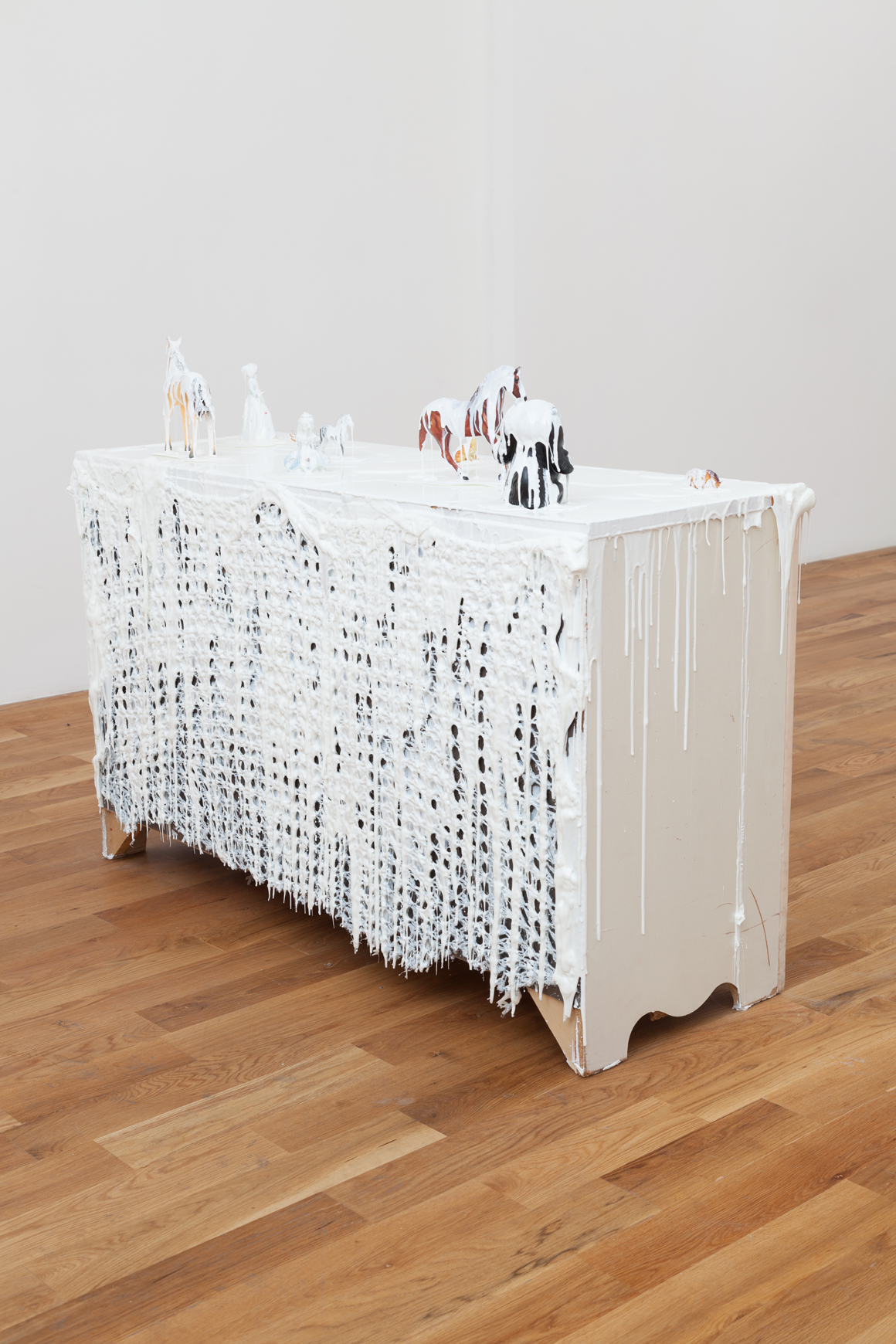 """<p><em>A Few Steps Back</em><br><span class=""""name"""">Amber Cobb</span><br>(view 3)<br><a class='inquire' href='mailto:info@gildargallery.com?subject=Artwork Inquiry ACOB0048&body=I am interested in finding out more about A Few Steps Back by Amber Cobb'>Inquire</a></p>"""